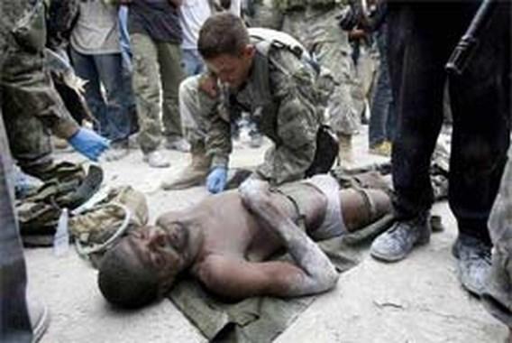 Twee mensen levend van onder het puin gehaald in Haïti
