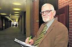 'Zonder ons zal veel kostbare tijd verloren gaan en zullen de griffies nog zwaarder belast worden', zegt bode Dirk Deckers. Michel Vanneuville