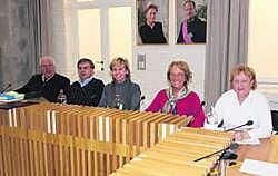Voorzitter voor één dag Jacques Dejonghe werd geflankeerd door de drie CD&V-schepenen. Eric Vanthournout