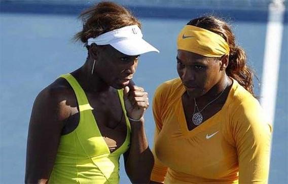 Serena Williams met zus ook in finale dubbel