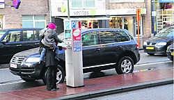 In het gewijzigde parkeerplan verschijnen tot in de verste uithoeken van de kustgemeente parkeermeters. Norbert Minne