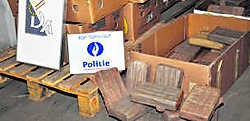 De politie onderschepte een lading van bijna 750 kilogram cocaïne. lvh