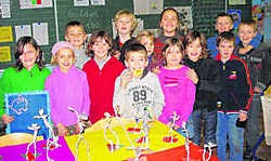 De kinderen maakten onder meer schilderijen, kunstdozen en beeldhouwwerkjes. vw