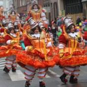 Stoet Aalst Carnaval vertrekt met uur vertraging