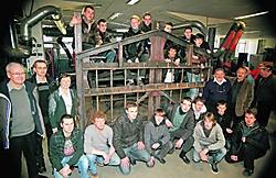 Het stalen hekken van de leerlingen weegt meer dan één ton. Koen Merens