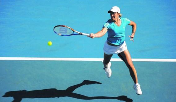 Justine Henin trainde gisteren twee uur pittig en liet daarbij een plaatselijke hitting-partner alle hoeken van de baan zien.Philippe Crochet/photo news