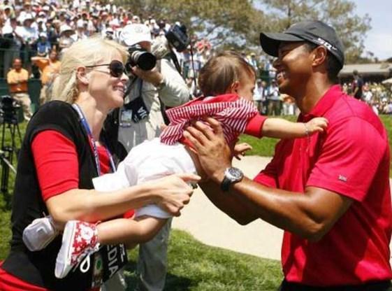 Tiger Woods verzoent zich met vrouw en werkt aan comeback