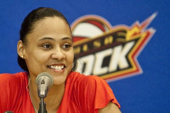 Dopingzondares Marion Jones maakt comeback in basketbal