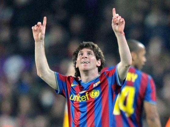 Barcelona walst met 4-0 over Stuttgart.