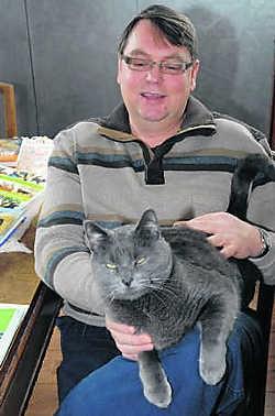Raf Van Duyse heeft een speciale band met zijn kat Muiske. Eddy Vuylsteke