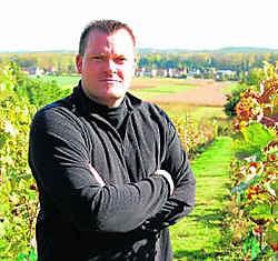 Joeri Röttger woont buiten de gemeente en hoorde te laat dat de grond zou worden verpacht. Inge Bosschaerts