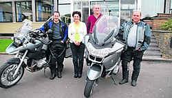 Kris Verhofstadt en Wim Verlinde maken een avontuurlijke motorrit ten voordele van DVC Heilig Hart. jdv