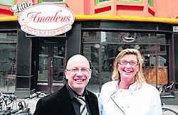 Linda Van Der Schueren wordt het gezicht van Little Amadeus. Hugo Van Cauwenberge is er de manager.fvv