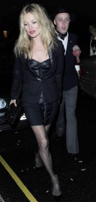 Kate Moss wisselt van jurk met Natalie Imbruglia