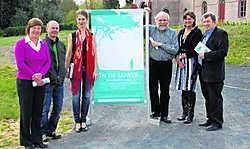 Het Koetshuis wordt midden mei drie dagen een oase voor de kalmkunst, met Jelle Van Riet als gastvrouw. rds