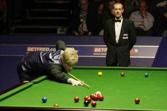 Neil Robertson en Graeme Dott naar halve finales WK snooker
