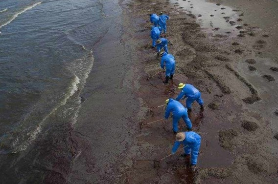 'Brigade BP' buigt zich over oorzaken olielek