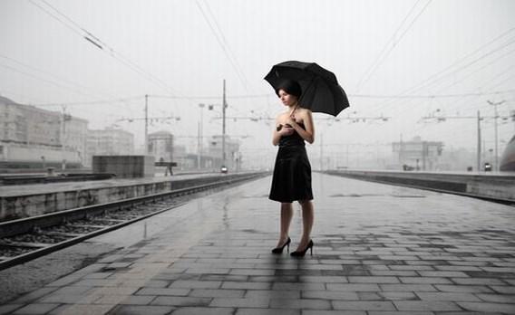 Eenzaamheid het grootst bij jonge vrouwen