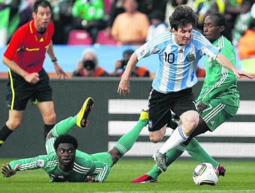 'Ik werd veel aangespeeld en zo kon ik mijn ploegmaats ook laten spelen', bleef Lionel Messi bescheiden na zijn glansprestatie.Thomas Coex/afp