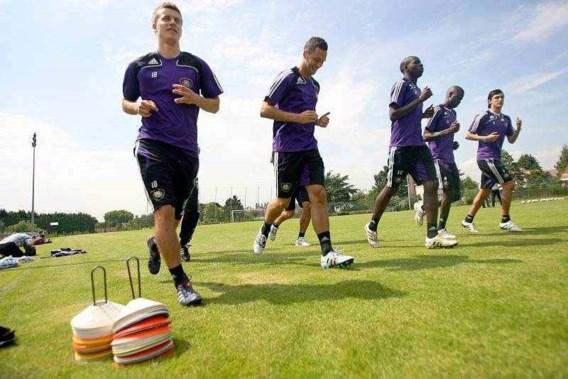 Anderlecht herneemt training met 14 spelers van de 33