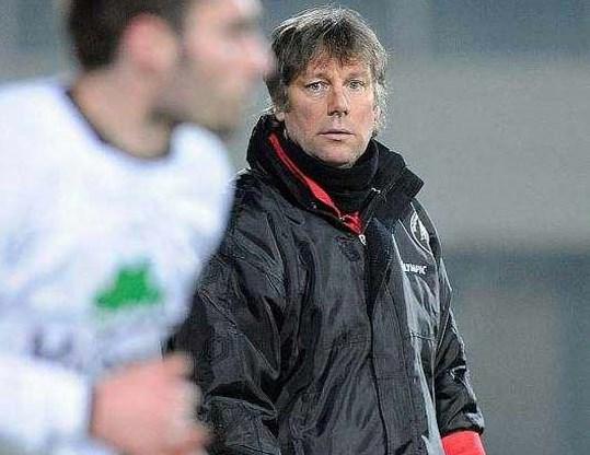 Danny Ost blijft  trainer bij AS Eupen
