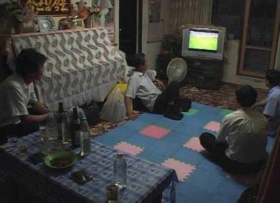 Noord-Koreanen kijken voor het eerst live... en zien een afgang