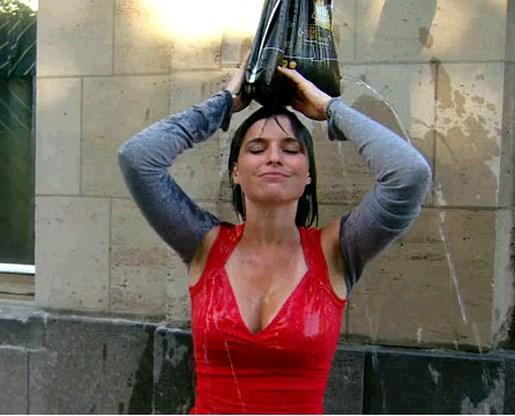 Lien Van de Kelder doucht graag buiten