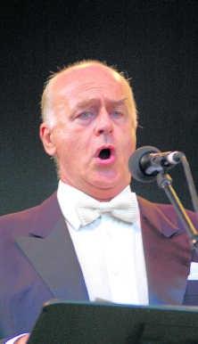 Operazanger José Van Dam: aan zet op het kasteel van Laken. belga
