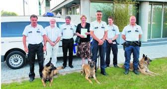 Het team hondenbegeleiders van de politiezone Riho.sbr