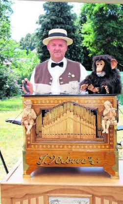 'Orgeldraaien is moeilijker dan je denkt', zegt Armand Vos.Kizzy Van Horne