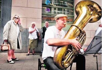 De Gentse Feesten zijn al sinds 2005 weer een stuk kleinschaliger geworden. edm