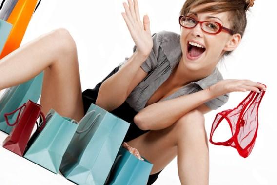 Vruchtbare vrouw koopt meer sexy kleding