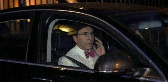 Koning weigert ontslag Di Rupo