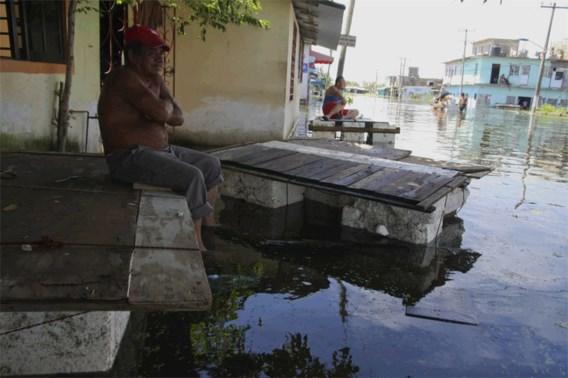 Ruim 900.000 mensen getroffen door stortregens in Mexico