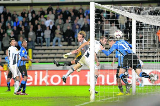 Club incasseert op hoekschop de 1-1, Stijnen was niet bij de les.Michel Krakowski/belga