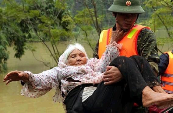 Al 64 doden bij overstromingen in Vietnam