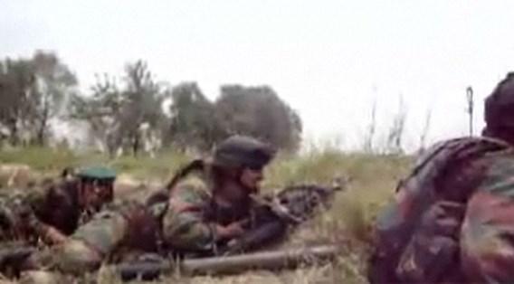 Amateurbeelden van Belgische soldaten die in hinderlaag lopen