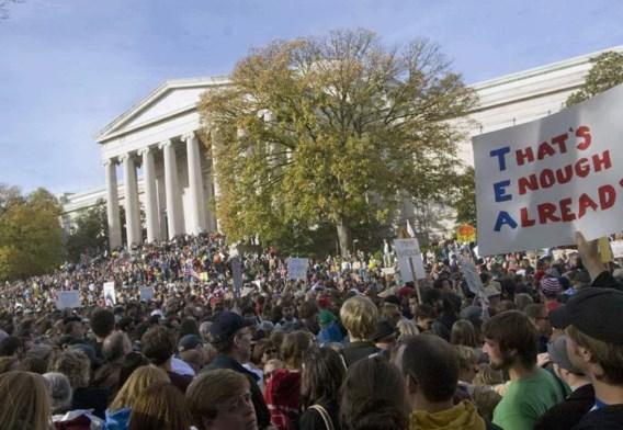 Tienduizenden Amerikanen betogen voor meer fatsoen in de politiek