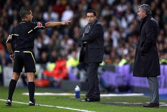 Mourinho twee wedstrijden geschorst voor 'loop naar de hel'