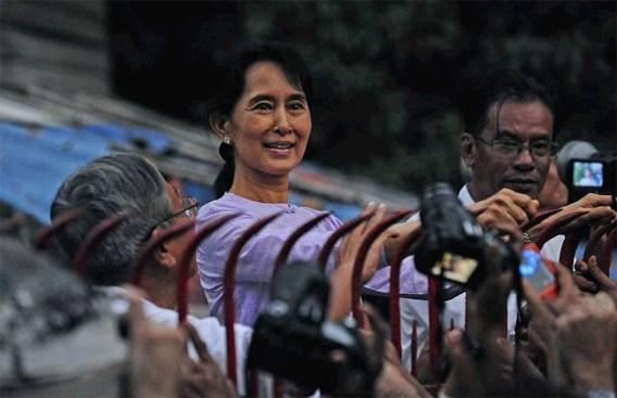 Aung San Suu Kyi roept Myanmar op tot eenheid