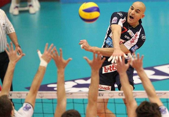 Roeselare start met zege in Champions League volleybal