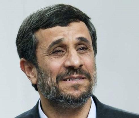 Ahmadinejad roept VN-veiligheidsraad op te handelen tegen Engelse rellen