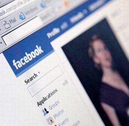 Facebook ziet af van versoepeling privacybeleid
