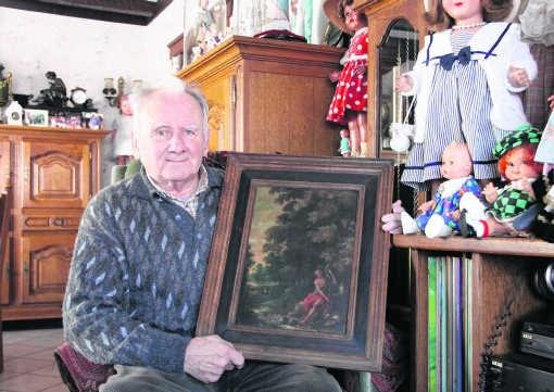 Louis Swolfs is niet van plan het kunstwerk in zijn woonkamer op te hangen. mph