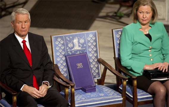 Nobelprijs uitgereikt aan lege stoel