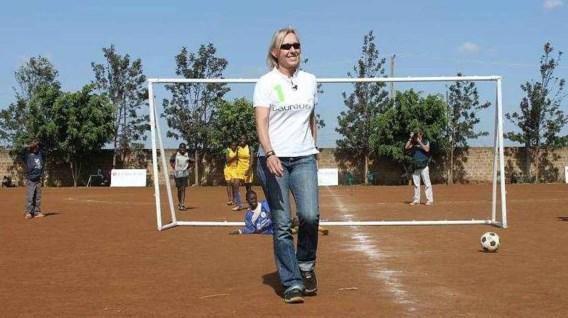 Martina Navratilova staakt beklimming Kilimanjaro