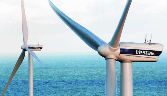 De overheid verhaalt de subsidiëring van de windenergieparken op zee op de verbruikers.Nicolas Maeterlinck/photo news