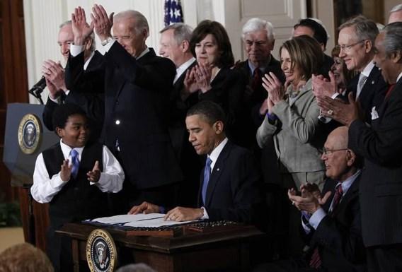 Rechter verklaart zorgwet van Obama deels ongrondwettig