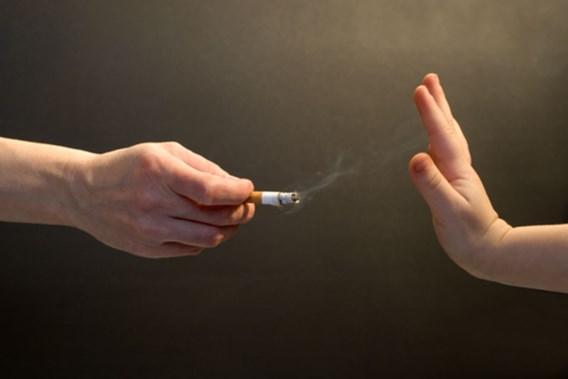 Streng opgevoede kinderen roken minder snel