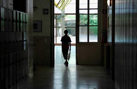 Bijna 500 spijbelaars moeten studietoelage teruggeven